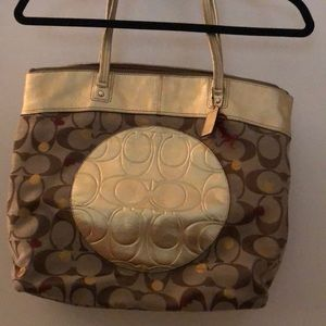 Coach tote style purse